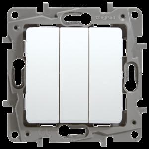 Выключатель трехклавишный Legrand Etika10А на винтах белый
