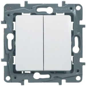 Выключатель/переключатель двухклавишный Legrand Etika 10A на зажимах белый