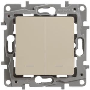 Выключатель/переключатель двухклавишный с подсветкой Legrand Etika 10А слоновая кость