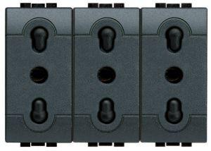 Блок из трех розеток LivingLight 2К+3, 10/16 А, 250 В~, 3 модуля