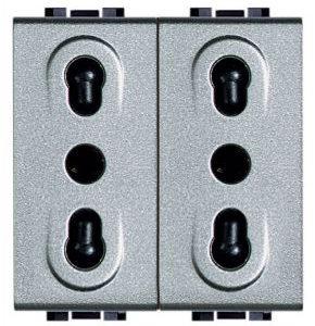 Блок из двух розеток LivingLight 2К+3, 10/16 А, 250 В~, расстояние между центрами отверстий 19 мм и 26 мм, закрытого типа, 2 модуля