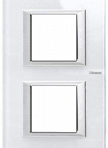 BT Axolute Whice Рамка 2+2 мод прямоугольная (надпись вертикально)