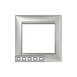 Legrand 770155 Рамка Valena 5 постов горизонтальный монтаж алюминий
